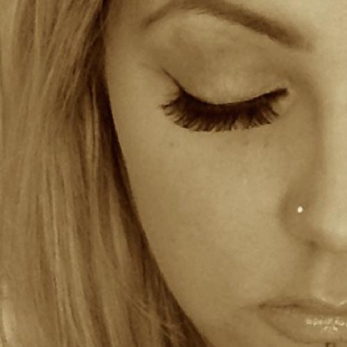 Beth J's avatar