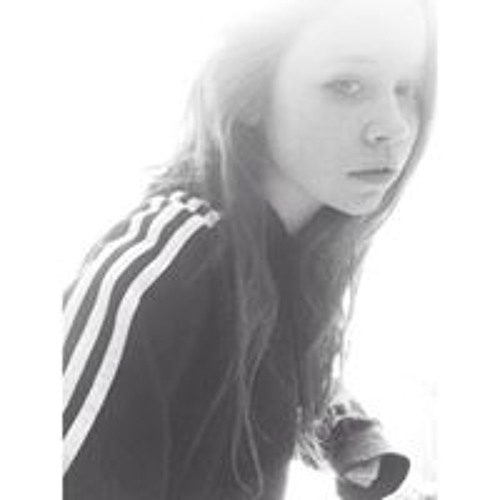 Nicole Manley 3's avatar