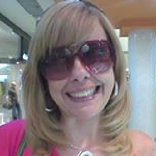 Paula da Matta's avatar