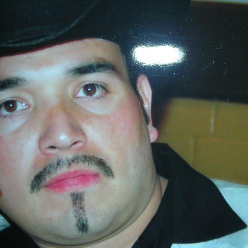 Julio Gutierrez Paz's avatar