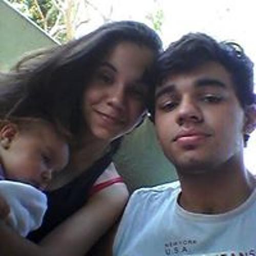 Camila Azevedo Gabriel's avatar