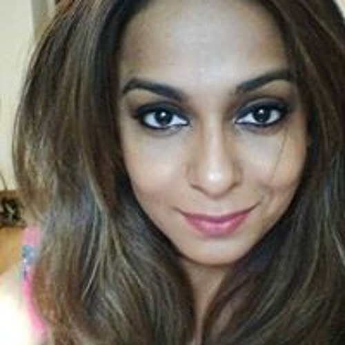 Khatija Daud's avatar
