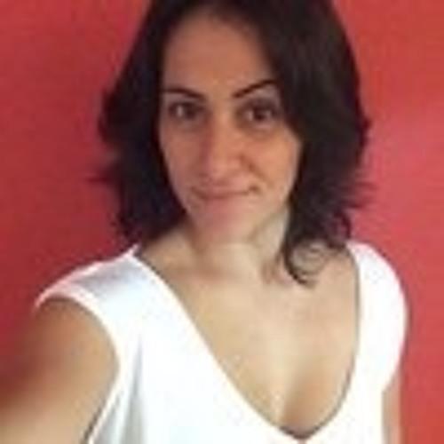 Flavia Pinheiro 6's avatar