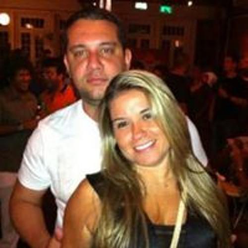Roberto Carvalho 32's avatar