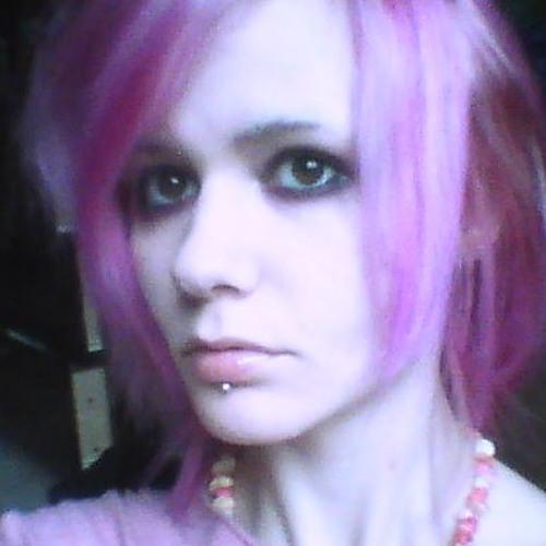 Emily Louise Carney's avatar