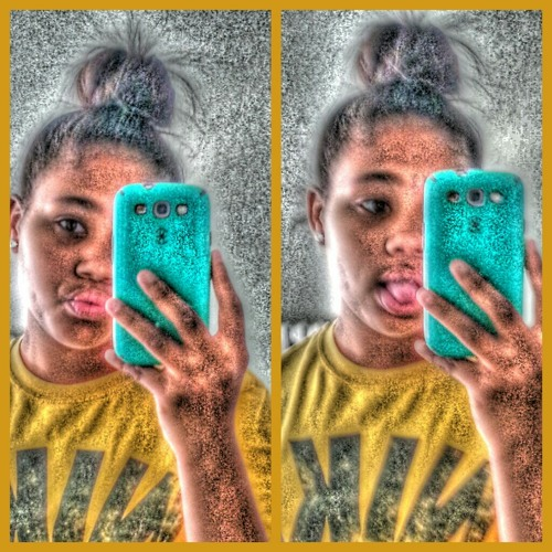 anyia3303's avatar