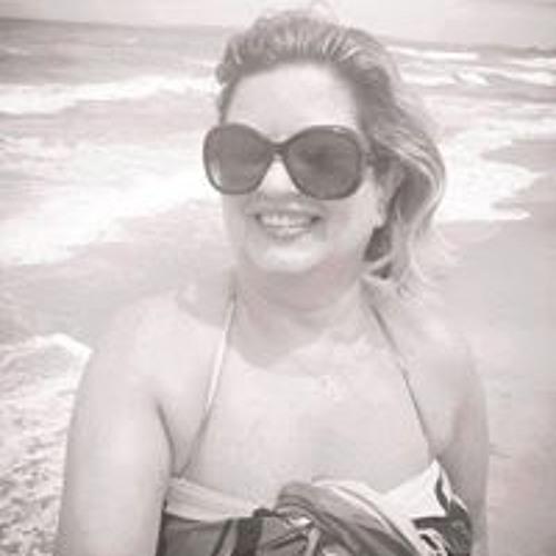 Fatima Barcellos 1's avatar
