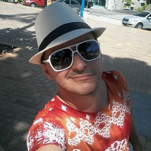 Deyvis Castro's avatar