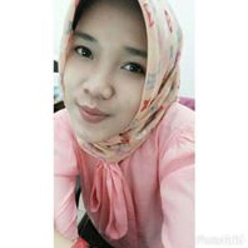 Putri Pranata's avatar