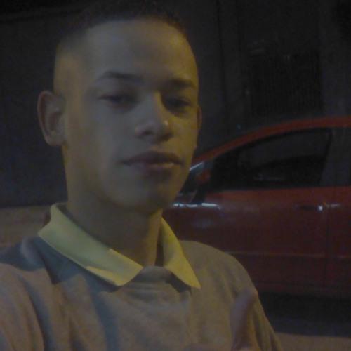 Henrique Nunes 5's avatar