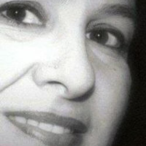 Lucia Cirillo's avatar