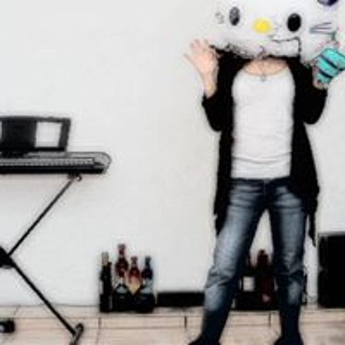 Effy Luna's avatar