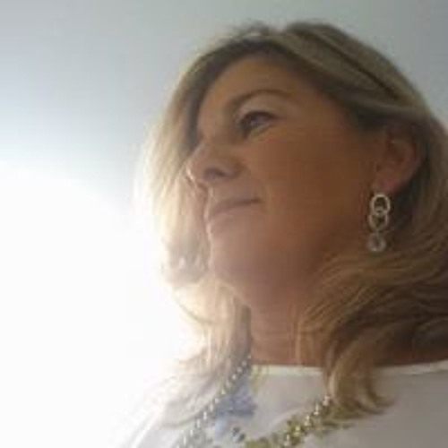Paula Seixas Nunes's avatar