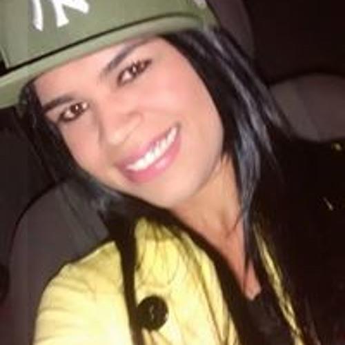Beatriz Santos 246's avatar