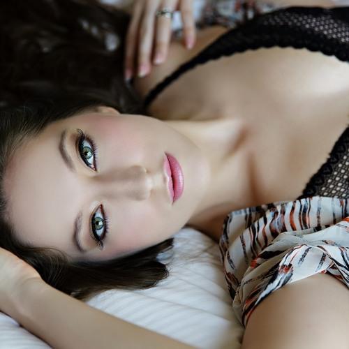 Lucia Staurovska's avatar