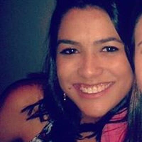 Karol Pereira 11's avatar