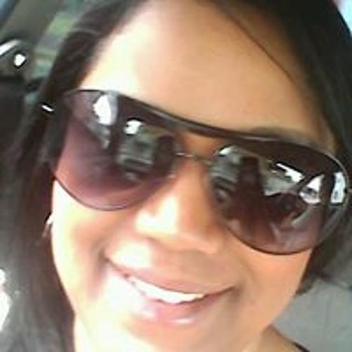 Luciana Batista Santos's avatar