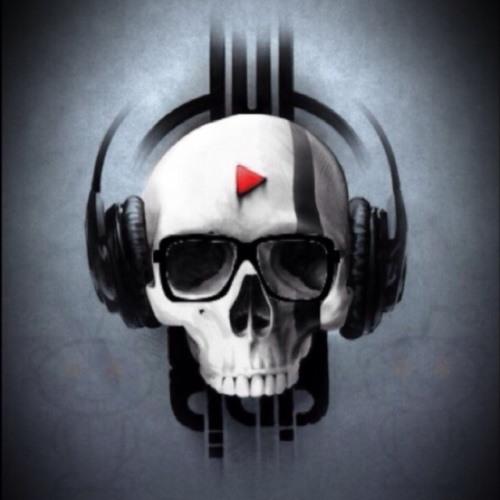 LOu Garcia's avatar