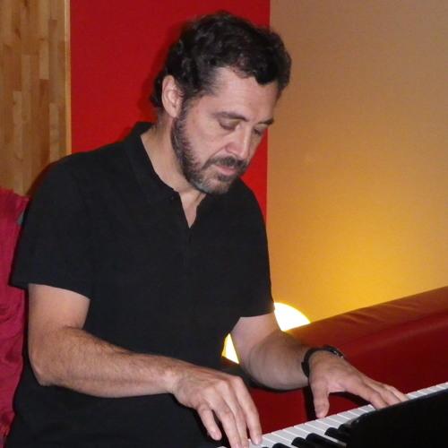 Patricio Wang's avatar