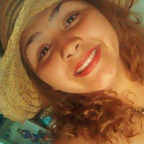 MarieLaNena<3's avatar