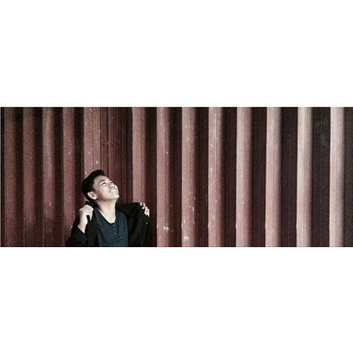 Rahmatbahari1's avatar