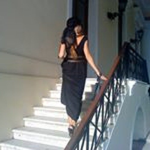 Oksana Zahra's avatar