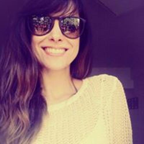 Nadia Serrano 5's avatar