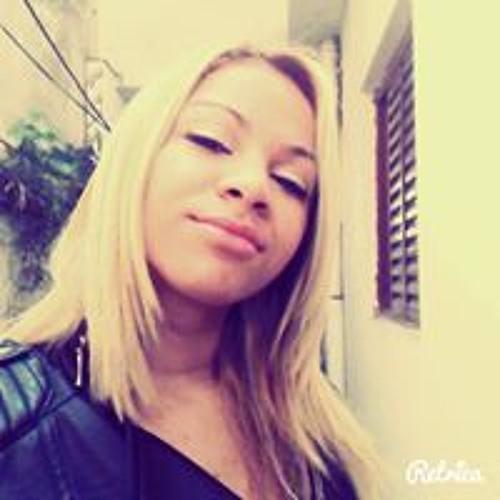 Mariana Amorim 25's avatar