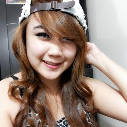 DiLLa Ayu Puspita's avatar