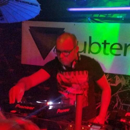 DJ Rio C - Baratillo(out now on Beatport)