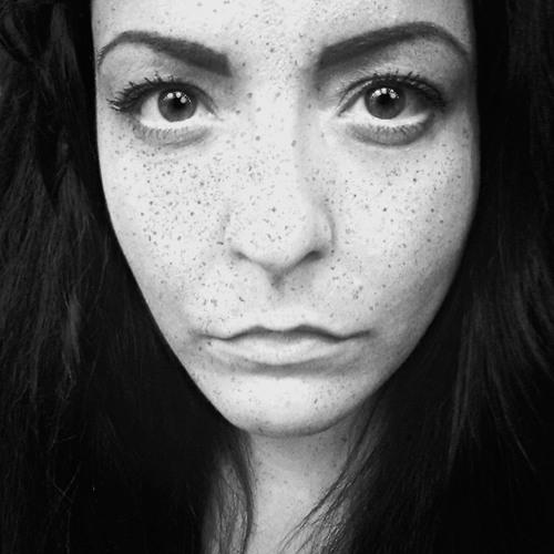 Shavina's avatar