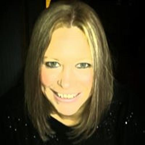 Melody Winship's avatar
