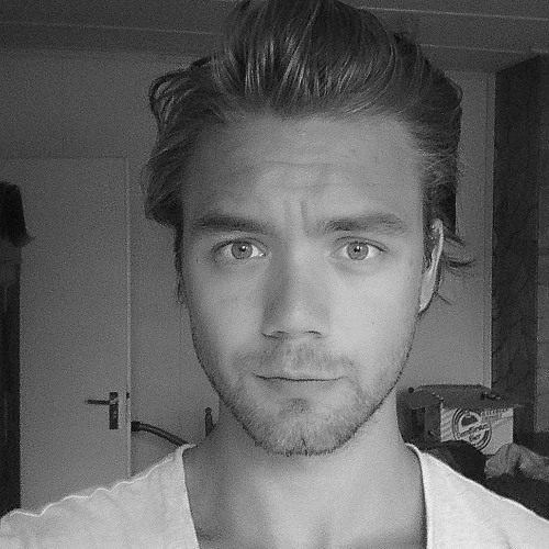 Roman Balakirsky's avatar
