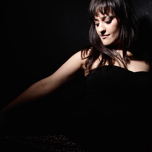 Jasmine Bee's avatar