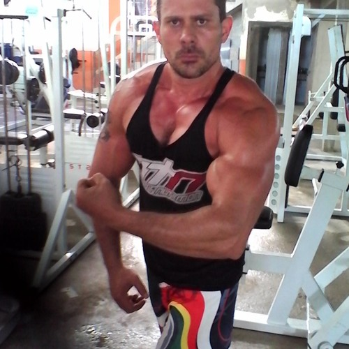 Gustavo Vago's avatar