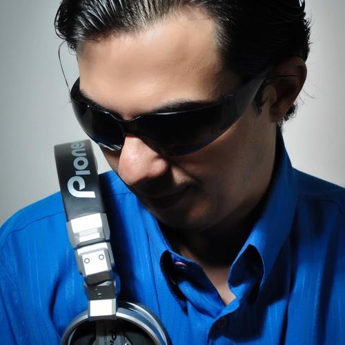 Hélio Costa DJ's avatar