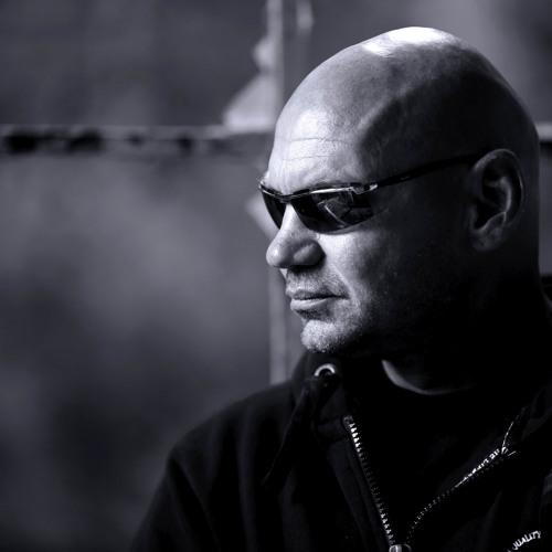 Tom Pandora's avatar