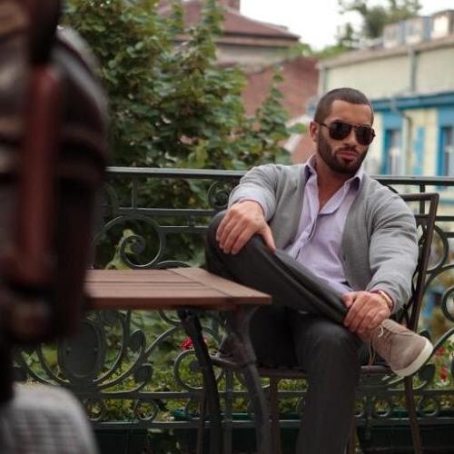 Junaid Khan 84's avatar