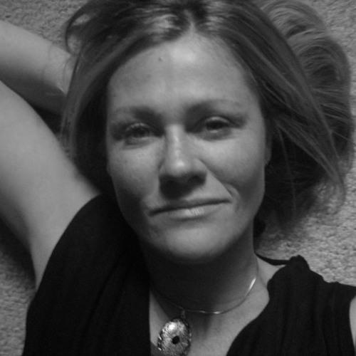 krista dutton's avatar
