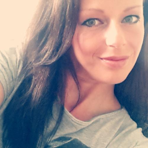 Clara HatkeinenNamen's avatar
