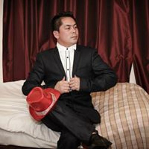 Neil Vujielob Calucag's avatar