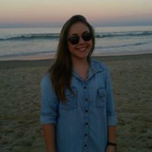 Aline Bittencourt 6's avatar