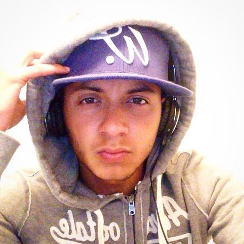 Jonas Navarro's avatar