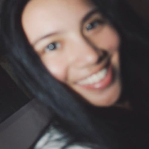 Natasya Lasut's avatar