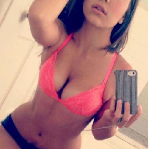 SieraLeona's avatar