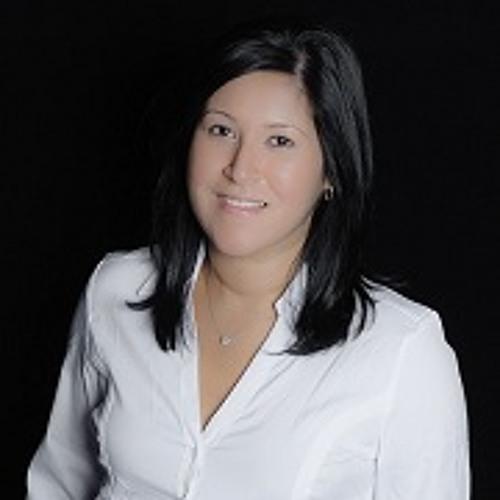 Clare Mas's avatar