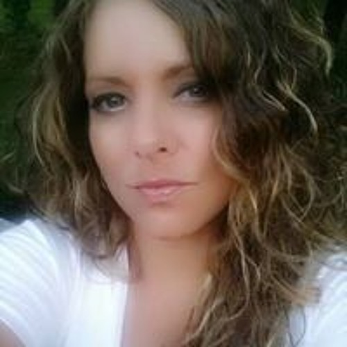 Amber Cefaratti's avatar