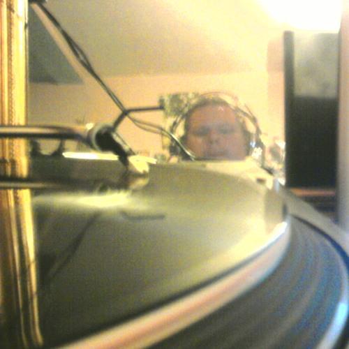 Deejay Goldfinger's avatar
