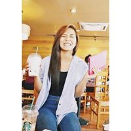 Karla Gayem's avatar