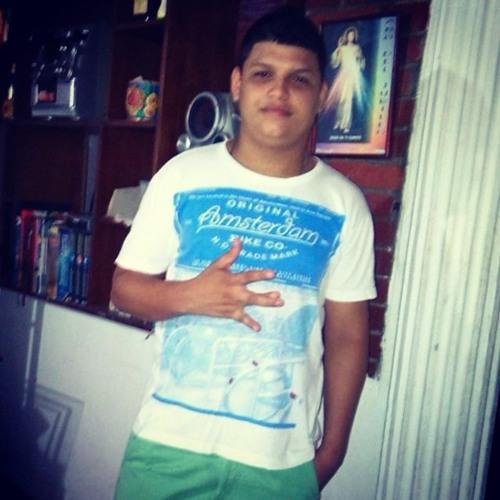 DJ Octavio EL Demente's avatar
